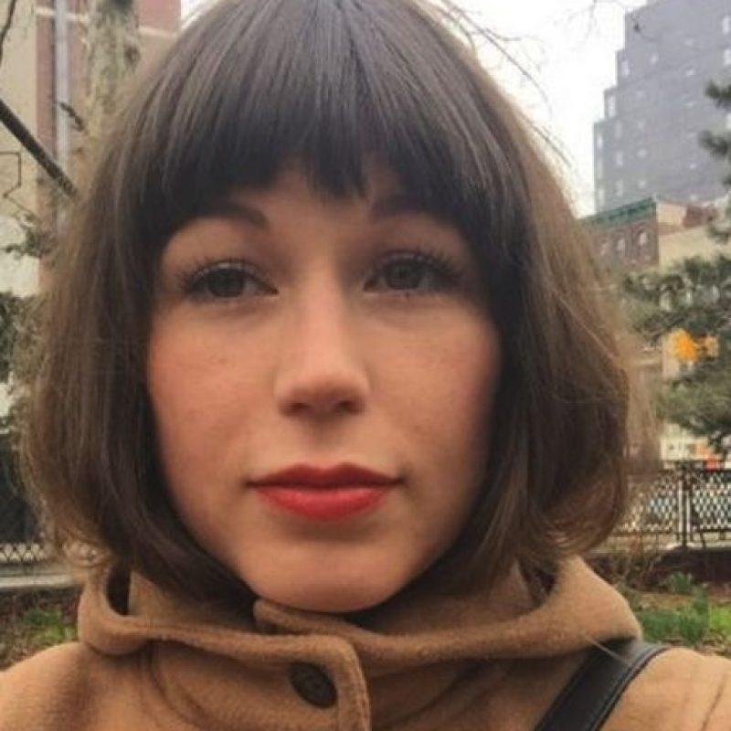 """Ella relató la historia para la web """"xojane.com"""". Es una persona introvertida, que disfruta de quedarse en casa con sus muebles y los infomerciales de la televisión Foto:Facebook/Zoë Wescott"""