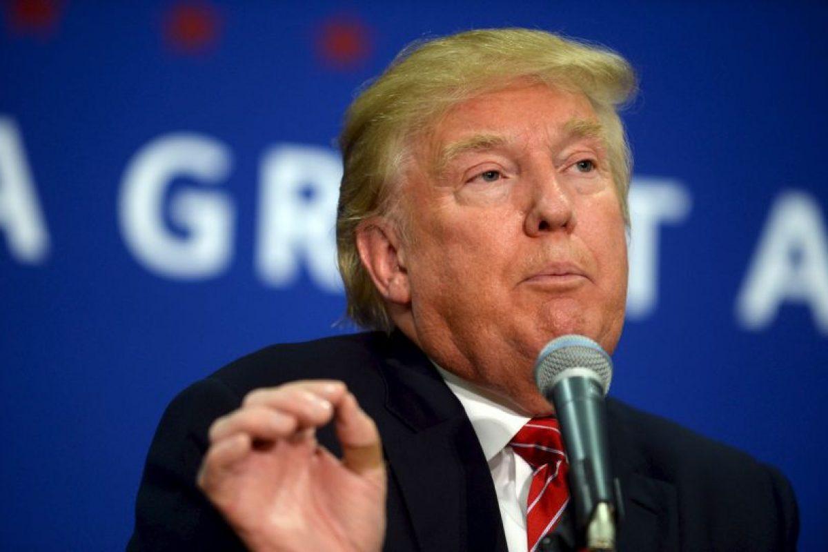Durante su discurso de Campaña en Iowa, Estados Unidos, Donald Trump tuvo una breve interrupción. Foto:AFP