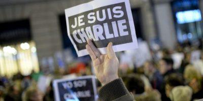 """Muchos pusieron este hashtag cuando masacraron a los dibujantes de la revista """"Charlie Hebdo"""". Foto:vía AFP"""