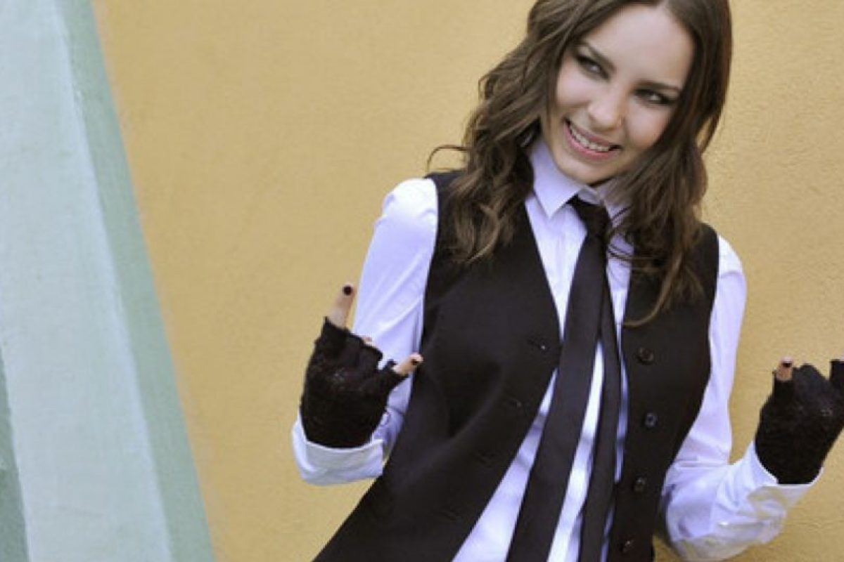 Hola, soy Avril Lavigne en blanco y negro. Foto:vía Getty Images