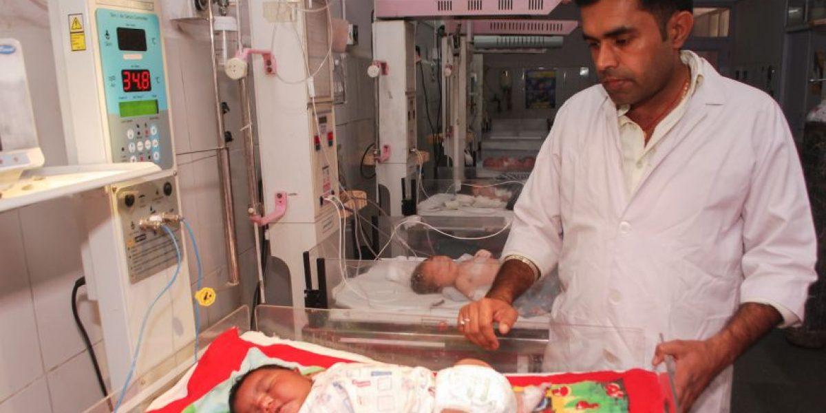 Fotos: Aseguran que este recién nacido es uno de los más grandes de la historia