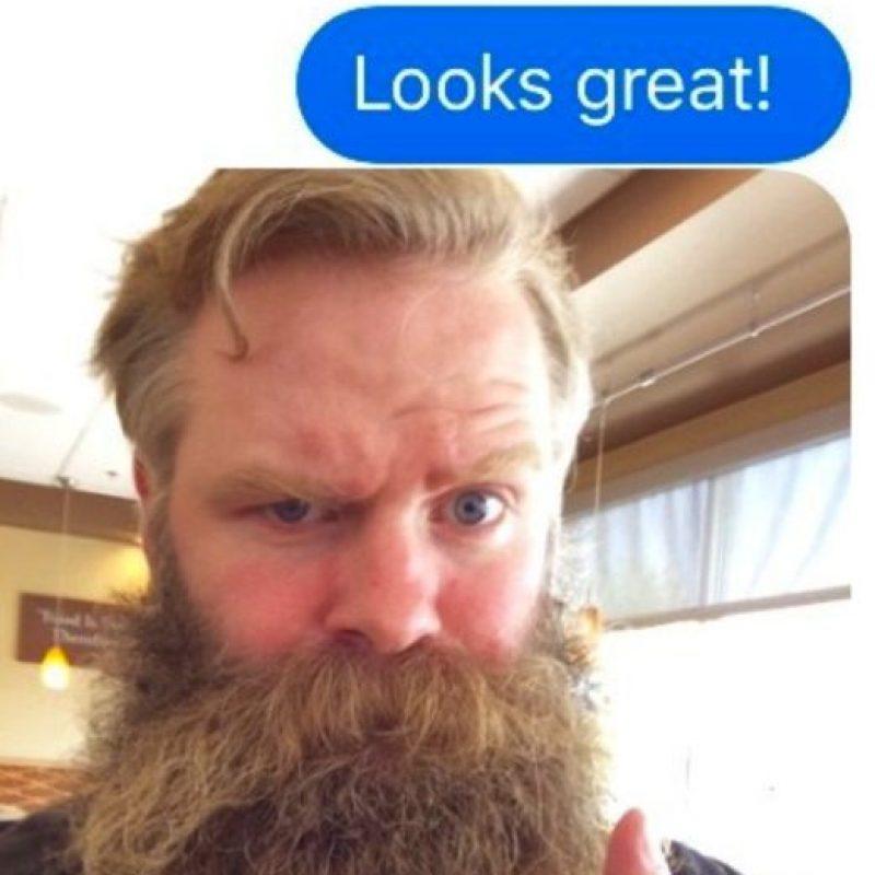 """""""Wendy"""" le envió una foto. Pero el sujeto siguió texteando a pesar de las fotos que enviaba Foto:vía Imgur"""