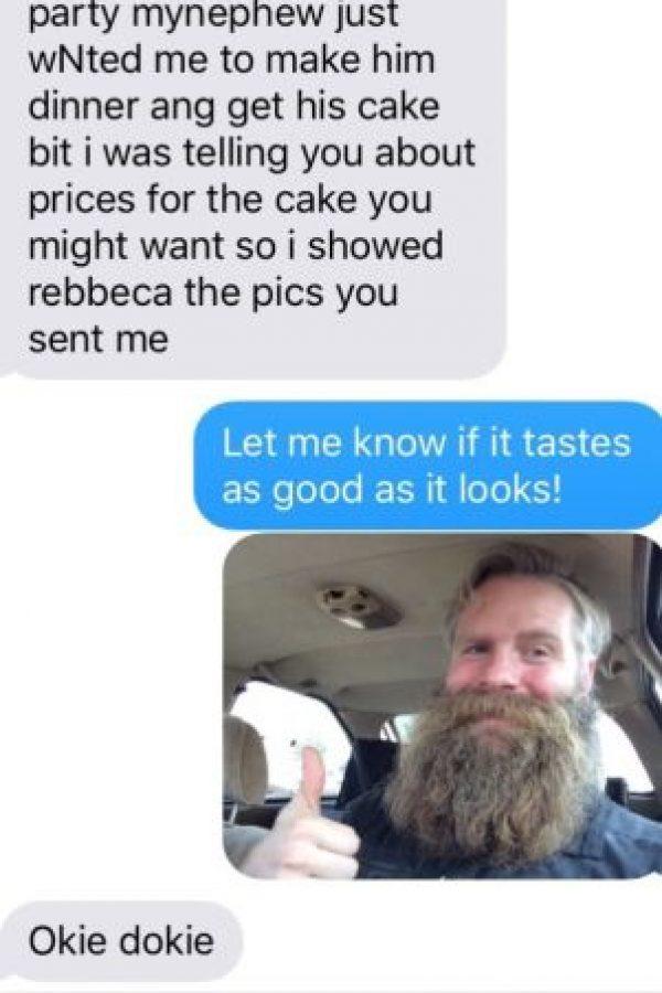 Él le mandó una suya. Le dijo que le mostrara el pastel Foto:vía Imgur
