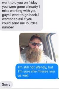 """Al mes siguiente, la persona lo seguía llamando """"Wendy"""" y le pidió el teléfono. Él le dijo que no era Wendy, pero que seguro la extrañaba mucho Foto:vía Imgur"""