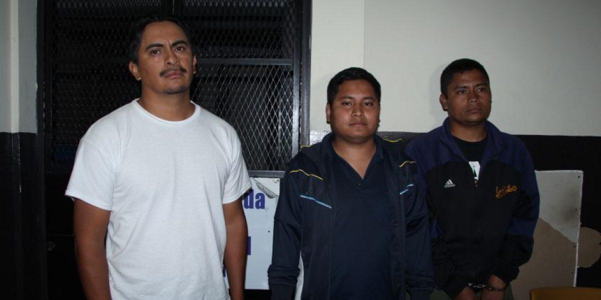 Tres hombres intentan robar en predio de la Policía