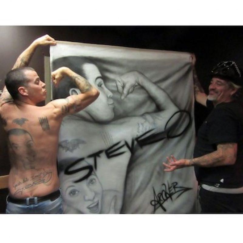 En 2008 intentó suicidarse, por lo que fue llevado a un psiquiátrico por sus amigos Foto:Facebook.com/SteveO