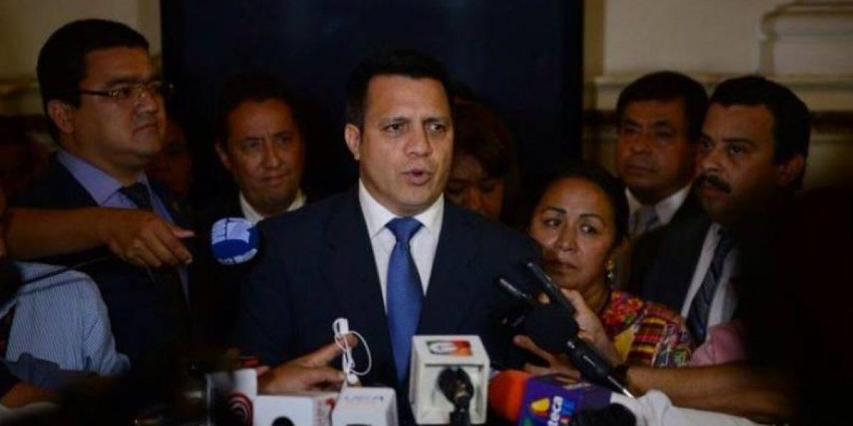 Exdiputados de Líder y PP crean nueva bancada