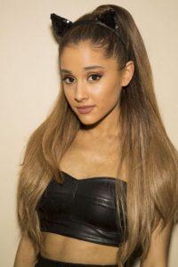 La cantante Ariana Grande ocupa el quinto lugar con cerca de 45 millones de seguidores Foto:Getty Images