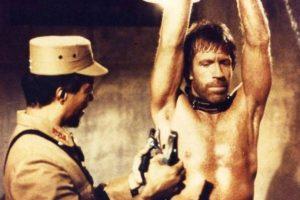 Chuck Norris es más que un meme. Es excampeón mundial de karate y exmilitar. En los años 80 tuvo su apogeo en el cine de acción.