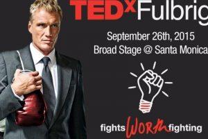 También da charlas TED.