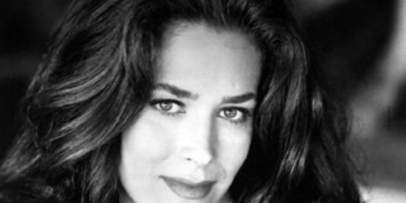 Fue sustituida por -la más exitosa- Elisabeth Shue. Foto:vía Universal Pictures