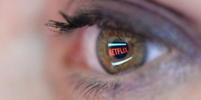 Se ha calculado que el suscriptor promedio de Netflix, está aproximadamente 87 minutos diarios consumiendo algún contenido de la plataforma online Foto:Getty Images