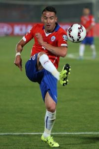 DEFENSAS: Mauricio Isla (Chile) Foto: Getty Images