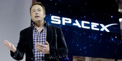 4.- Antes de completar la venta de PayPal ya había fundado una de las dos compañías por las que sería famoso años más tarde: SpaceX desarrollar cohetes reutilizables capaces de volver a la Tierra de forma más eficiente Foto:Getty Images