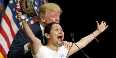 El hecho ha llamado la atención debido a los comentarios que anteriormente hizo el magnate en contra de los inmigrantes. Foto:AP