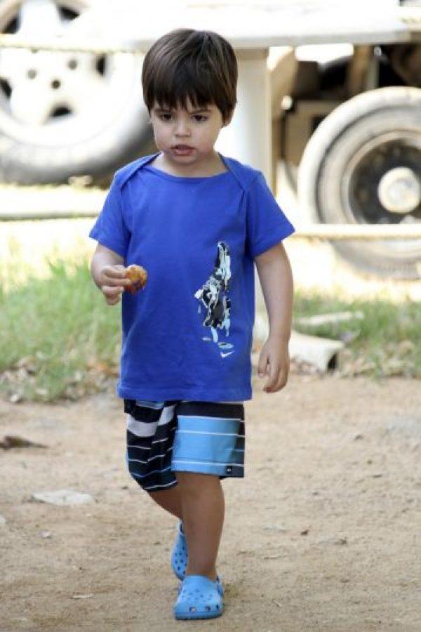 Als été fue acompañada por su hijo Milan Foto:Grosby Group