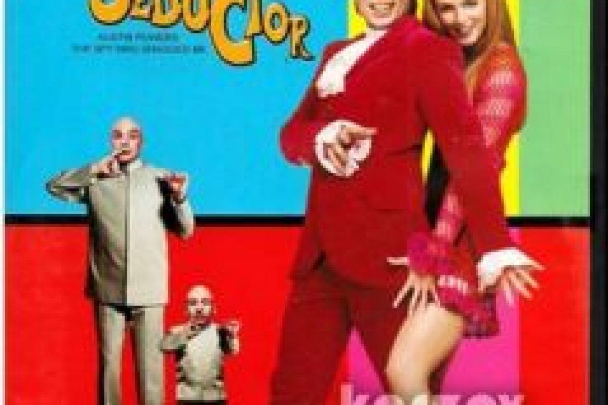 """Cuando el genio diabólico """"Dr. Mal"""" viaja al pasado, Austin tiene que regresar al swing de la década de los 60 Foto: New Line Cinema, Eric's Boy, Moving Pictures"""