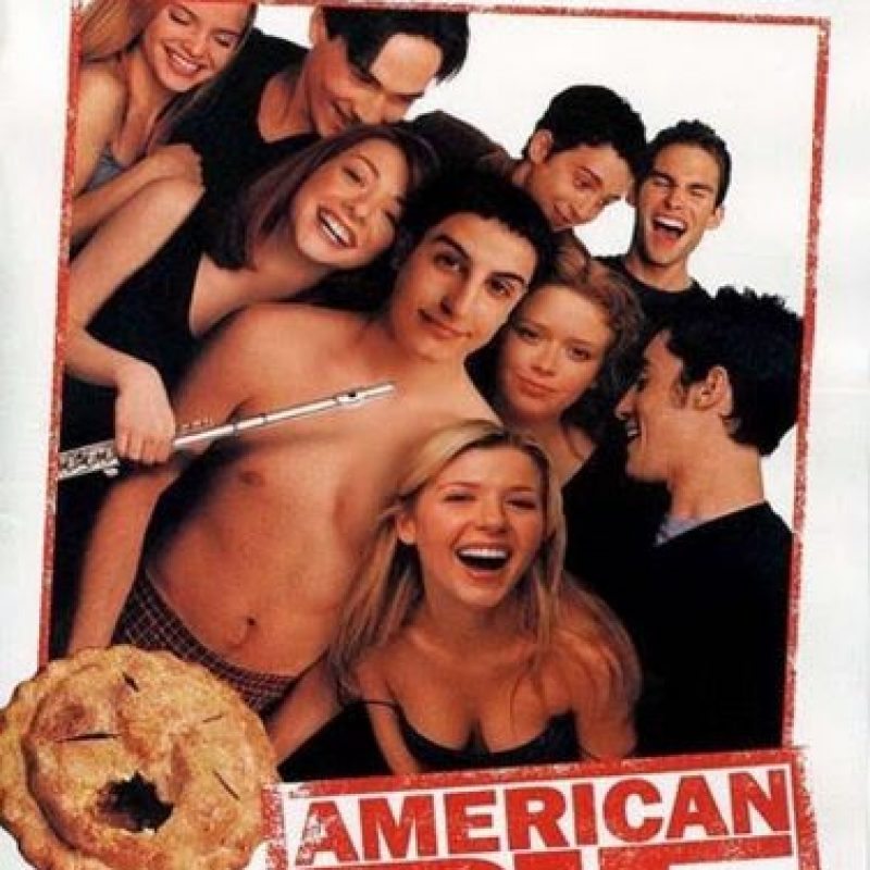 Esta exitosa comedia muestra los intentos de cuatro chicos en el último año del colegio por cumplir el rito de la vida adulta más ansiado: perder la virginidad Foto: Universal Pictures
