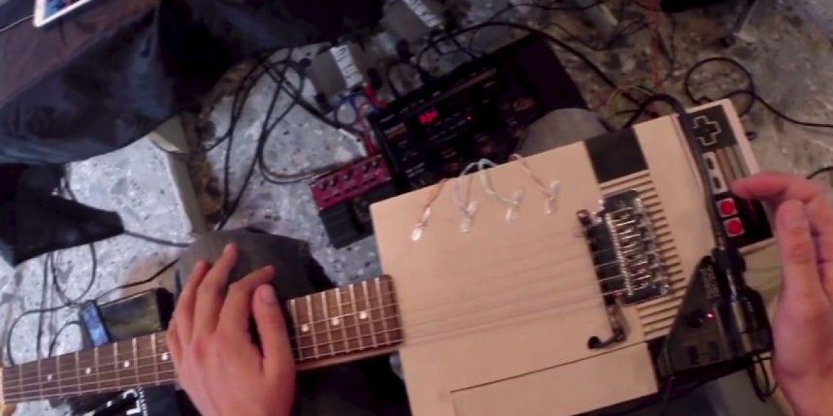 Video: Hombre creó guitarra eléctrica con consola NES de Nintendo