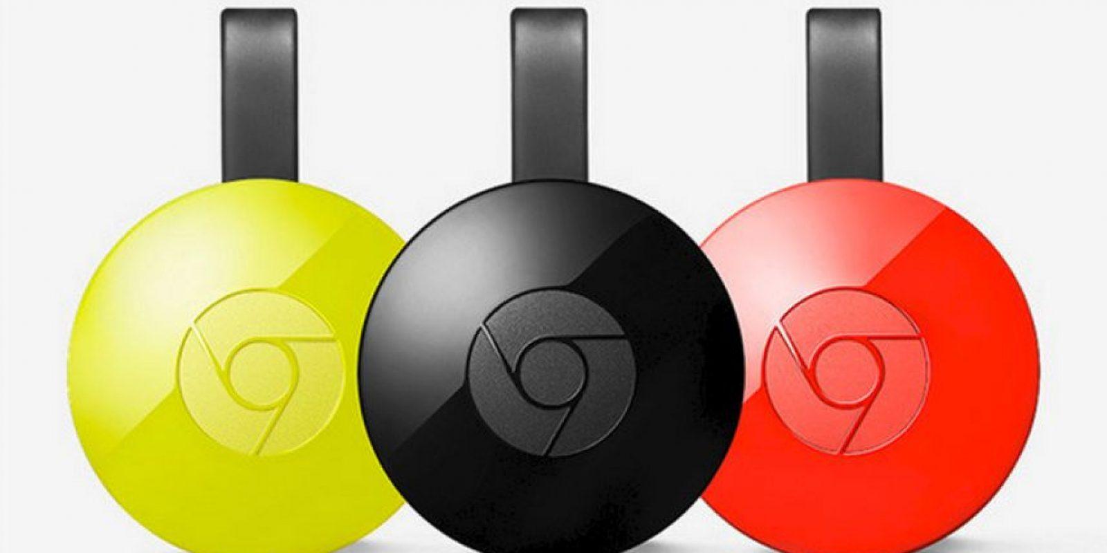 Chromecast es un dispositivo de transmisión de contenido multimedia del tamaño de un pulgar que se conecta al puerto HDMI de la televisión. La mejoras son en el diseñó y la conectividad Wi-Fi gracias al soporte de redes AC Foto:Google