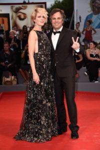 10. El actor está casado con la actriz Sunrise Coigney. La pareja tiene tres hijos: Keene de 14 años, Bella de 10 años y Odette de 8 años. Foto:Getty Images
