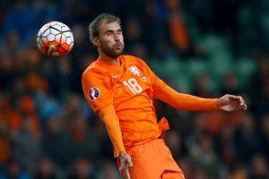 """Guus Hiddink tomó las riendas de la """"Orange"""", pero no logró hacerlos funcionar. Foto:Getty Images"""