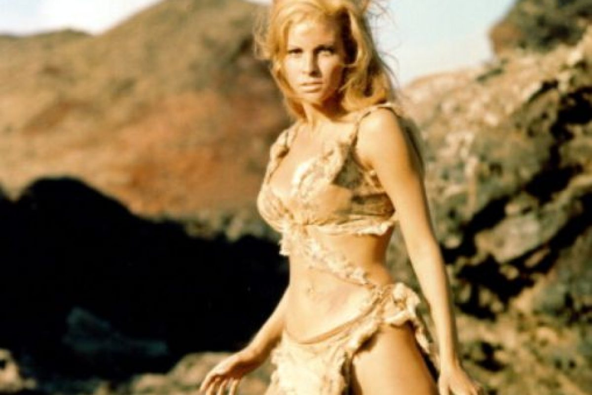 """Era la cavernícola """"Loana"""" y por este bikini se ganó su estátus inmediato. Foto:vía Getty Images"""