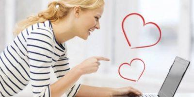 """Aunque se trate de chat, Whatsapp o Skype, hay que ser respetuoso: """"buenos días, buenas tardes, hasta luego""""… Quien es descortés online, se desconecta sin saludar o no tiene registro de su interlocutor, suele tener estas conductas en la vida cotidiana. Aprende a leer entre líneas. Foto:Pinterest"""