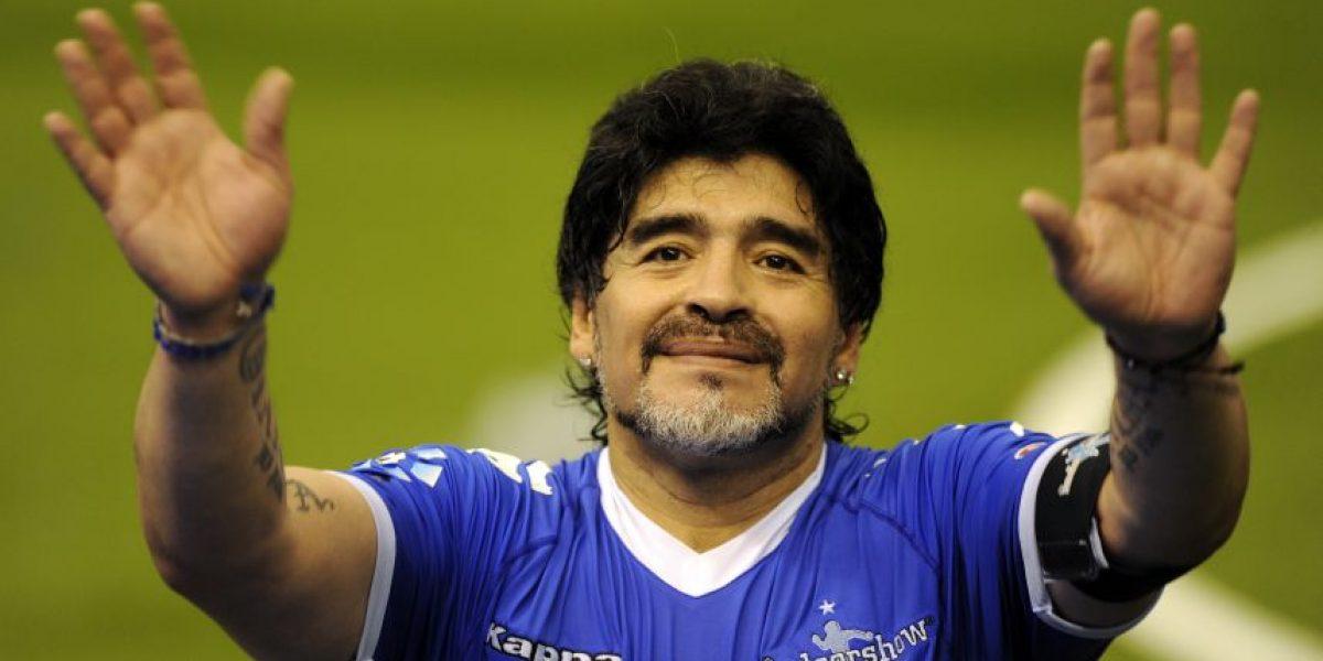 VIDEO. Maradona anuncia su nuevo trabajo con la corona inglesa