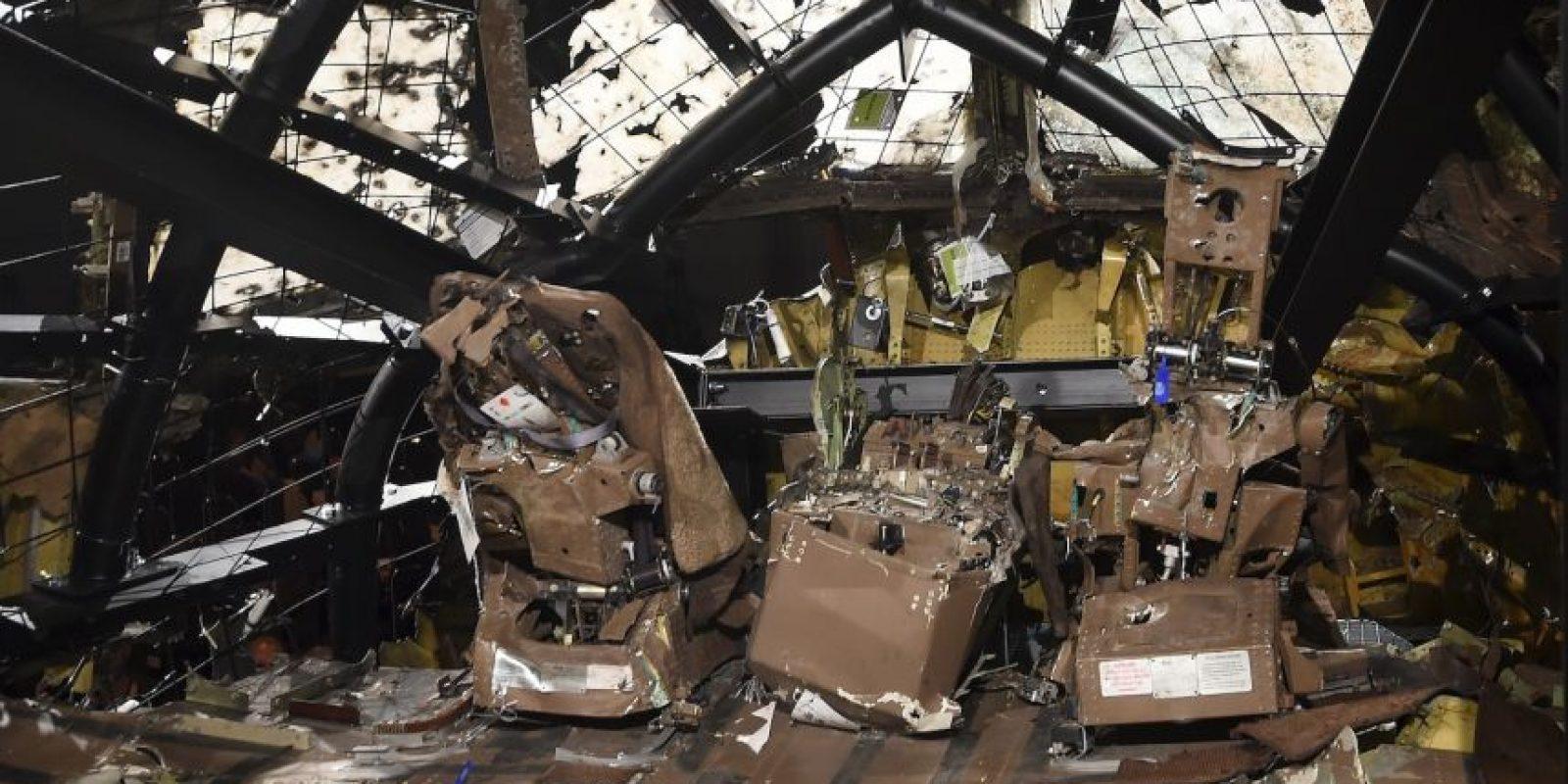 El vuelo MH17 se estrelló como resultado de una detonación de un misil fuera del aparato en la parte izquierda de la cabina de mando. Foto:AFP