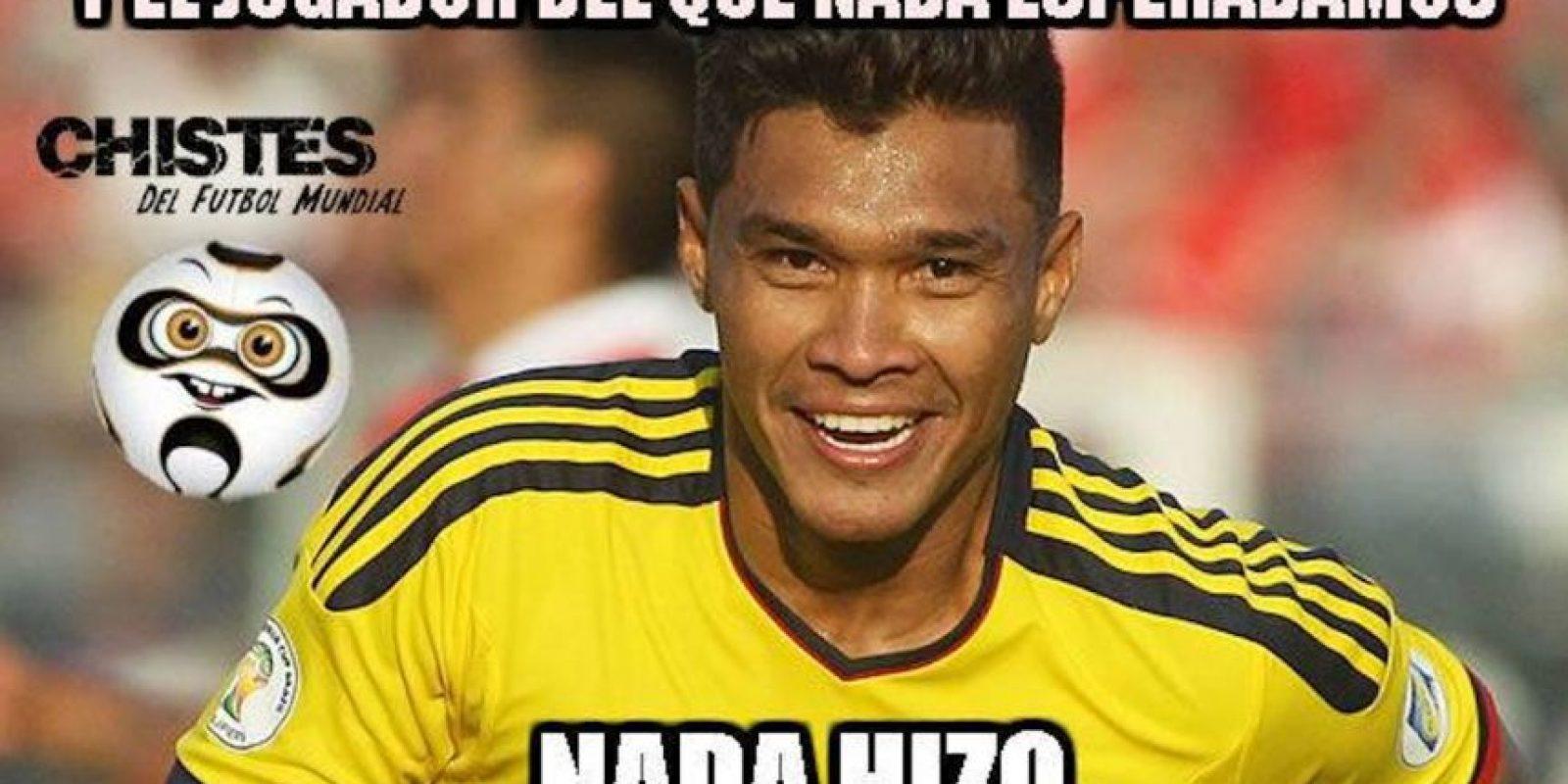 Teófilo recibió grandes críticas. Foto:Vía facebook.com/Chistes-del-Fútbol-Mundial