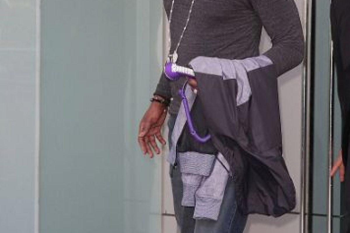 Pocos días después de su desaparición, el basquetbolista fue detenido por conducir alcoholizado en Los Ángeles. Tuvo que pagar 15 mil dólares para ser liberado bajo fianza. Foto:Getty Images