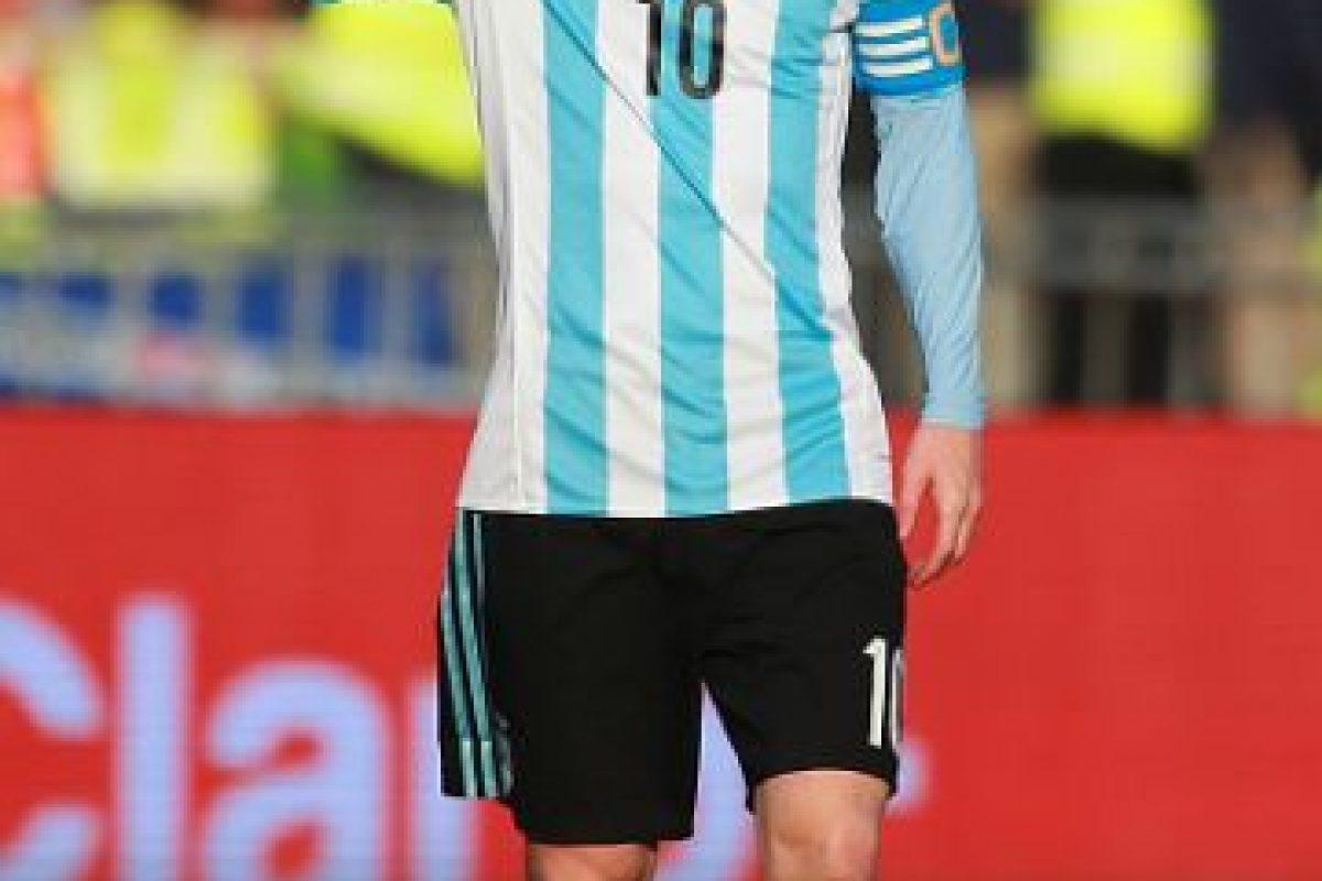 """""""Tal vez, Correa encuentre un socio que responda a la misma velocidad. O en una de ésas, Tevez sea Tevez con la camiseta de la Selección y no esta versión light de un tiro al arco"""". Foto:Getty Images"""