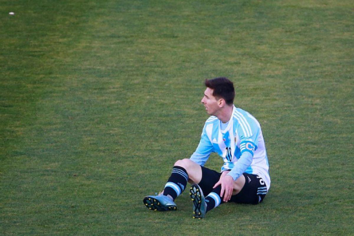 """""""La realidad es que la Selección no penó sólo porque no jugó Messi. Con él tal vez podía ganar en una jugada, pero se perdió bien porque fue malo casi todo el partido"""", continuó. Foto:Getty Images"""