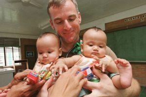 El misterio rodea esta localidad donde una de cada diez embarazadas da a luz a gemelos. Foto:Getty Images