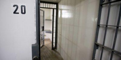 Sin embargo nuevos videos han revelado momentos dentro de su celda. Foto:AP