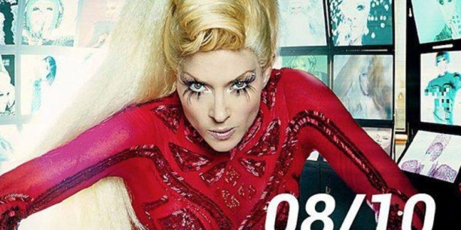 """Esto, como """"Oops, I did it again"""", de Britney Spears. Foto:vía Facebook/Yuri"""