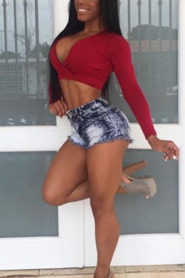 """Es famosa por haber formado junto a su gemela Karishna el grupo """"Las muletas del sabor"""" Foto:Vía instagram.com/yarishna"""