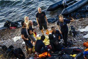 Mujer siria da a luz a su bebé en la costa de la isla griega Lesbos. Foto:AFP