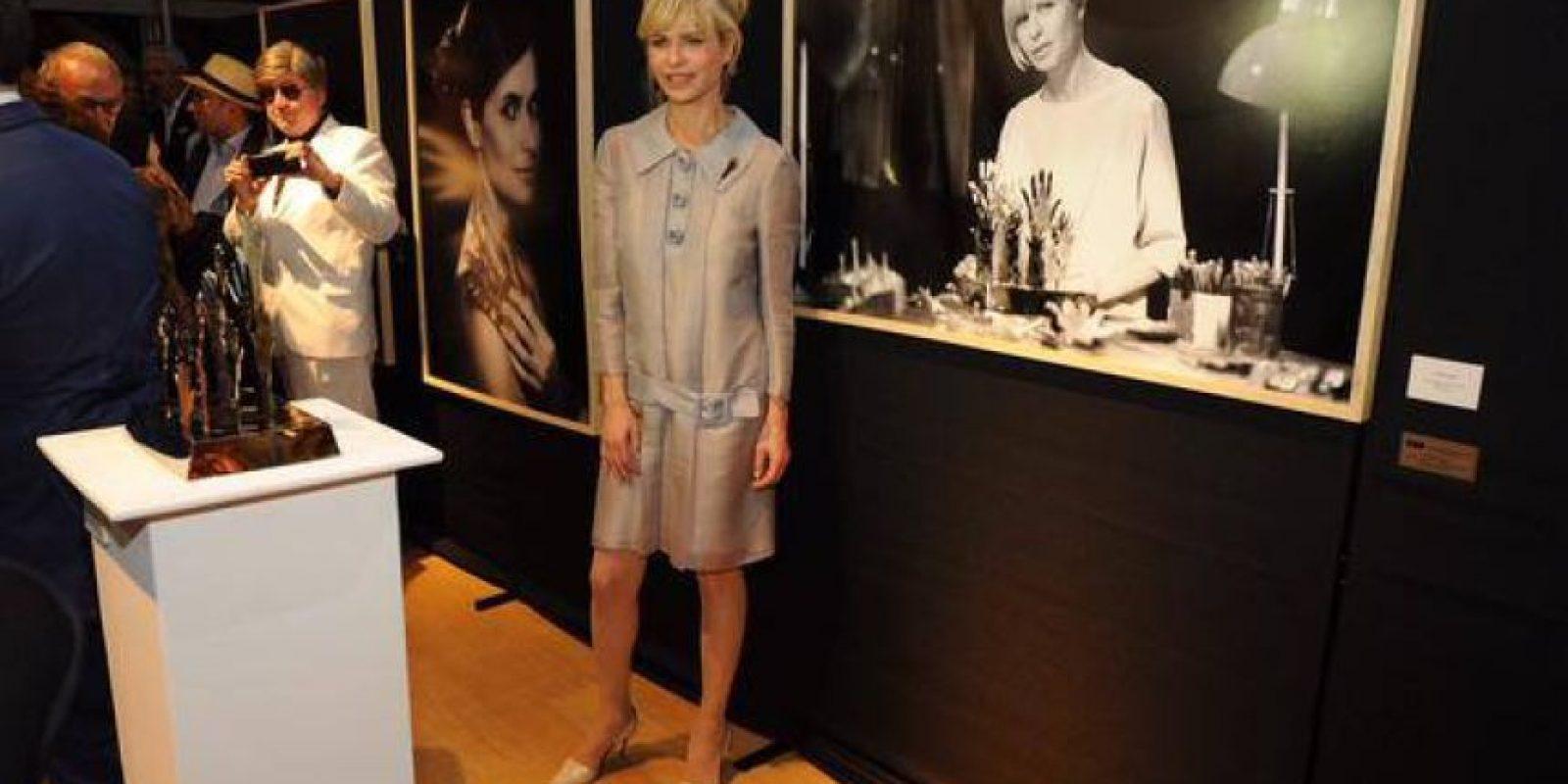 En su juventud fue modelo y empresaria Foto:Facebook.com/rabolinikarina