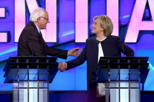 también participó el político Bernie Sanders. Foto:Getty Images