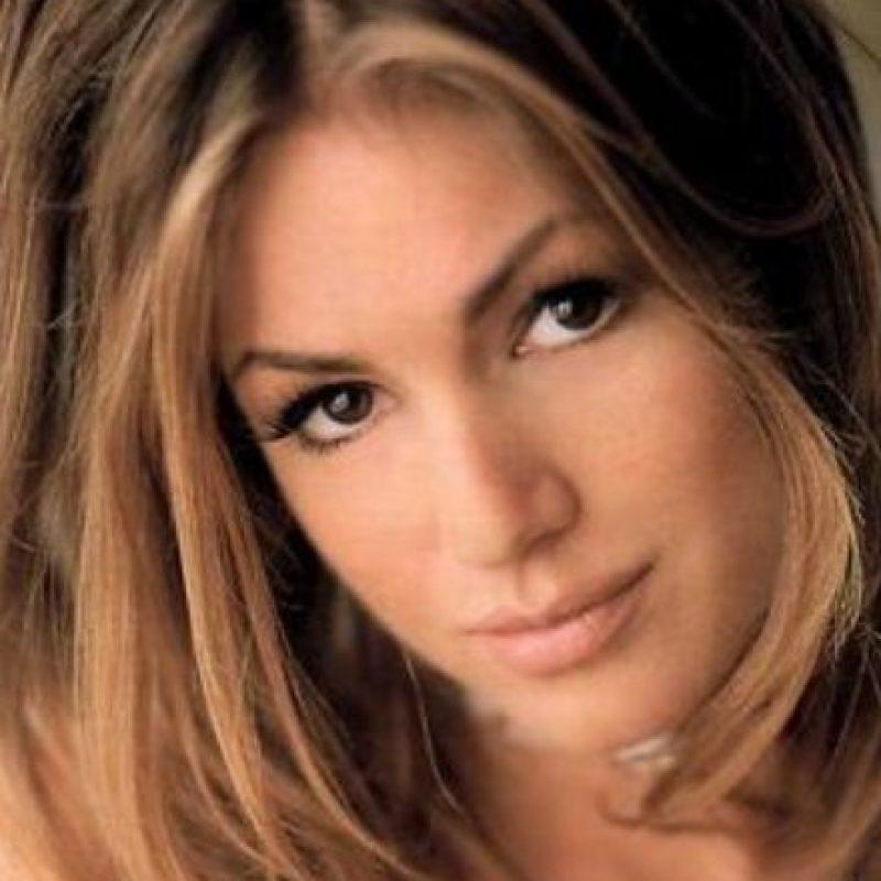 Elisa Bridges murió a los 28 años en una cama, en 2002. Foto:vía Playboy