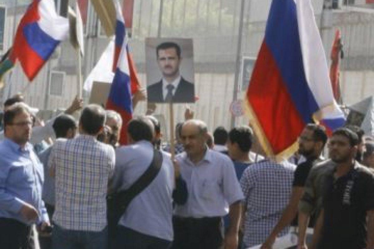 Esto como agradecimiento por los bombardeos rusos Foto:AFP