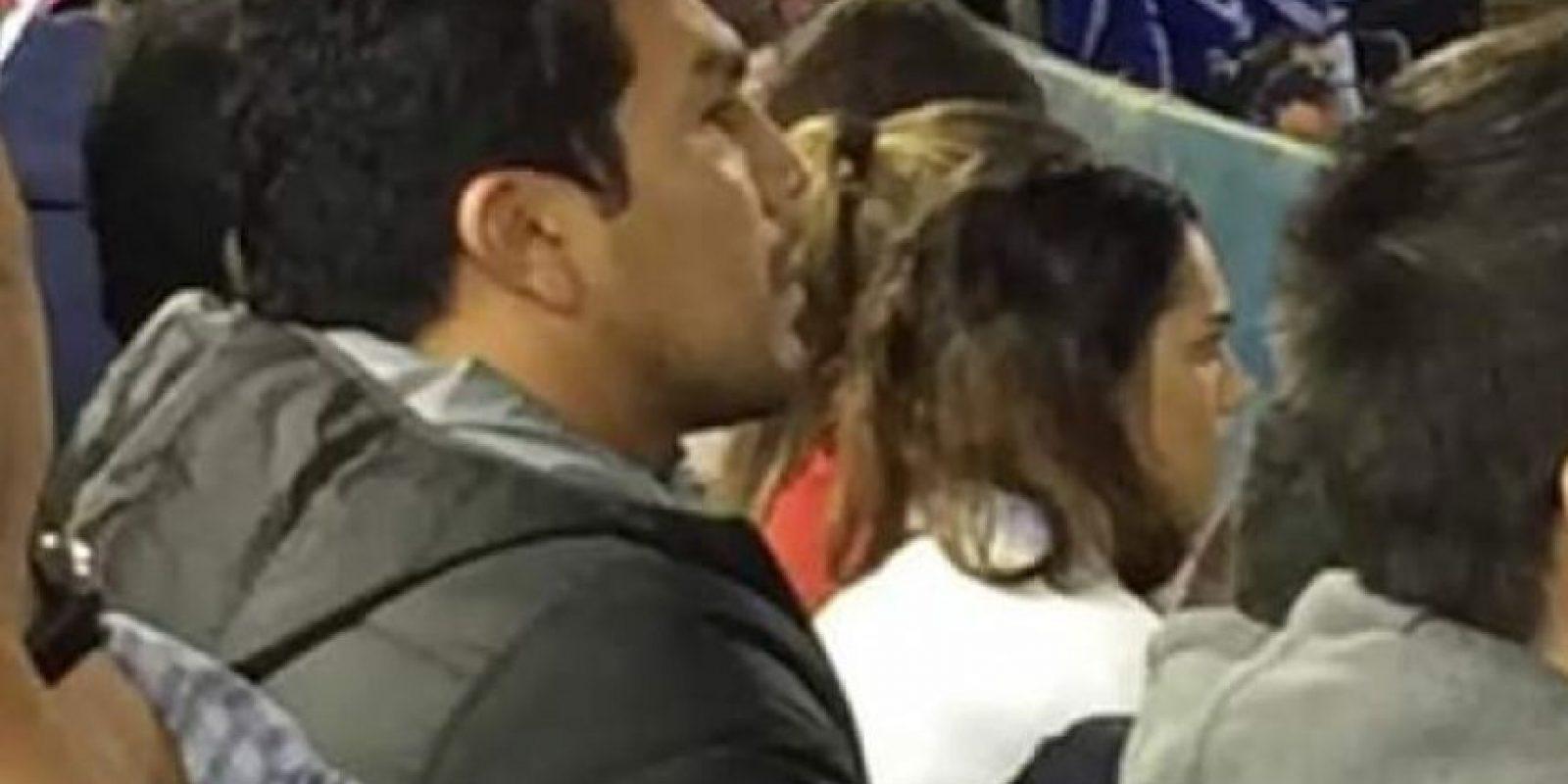 El exdelantero observó el juego desde las gradas del estadio Defensores del Chaco. Foto:Publinews
