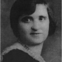 Dora Kent. Su hijo fue fundador de la Fundación Alcor, (la mayoría de los fundadores están criogenizados en las instalaciones). En 1987, a los 84 años, comenzó a enfermar. Entonces fue llevada a las instalaciones de Alcor para ser criogenizada. Un médico forense dictaminó que fue asesinada y algunos de los integrantes del organismo fueron detenidos. Foto:Wikimedia
