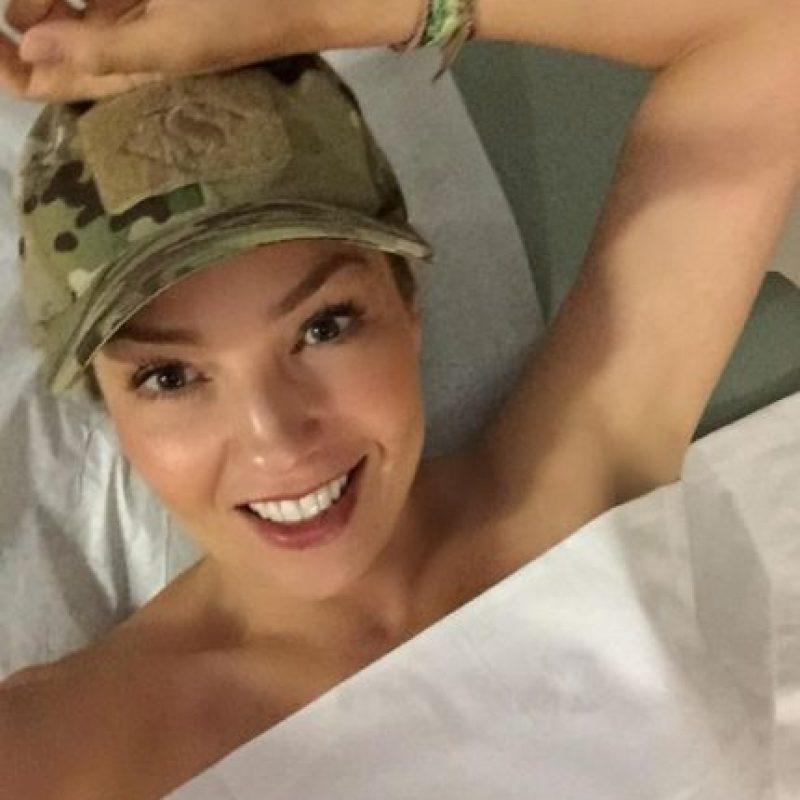 """""""Hoy se celebra el Día Internacional de la Mamografía y ayer yo me fui a hacer la mía. ¡Es extremadamente importante que tú lo hagas! ¡Cuídate!"""", escribió junto a una de las fotos. Foto:Instagram/Thalia"""