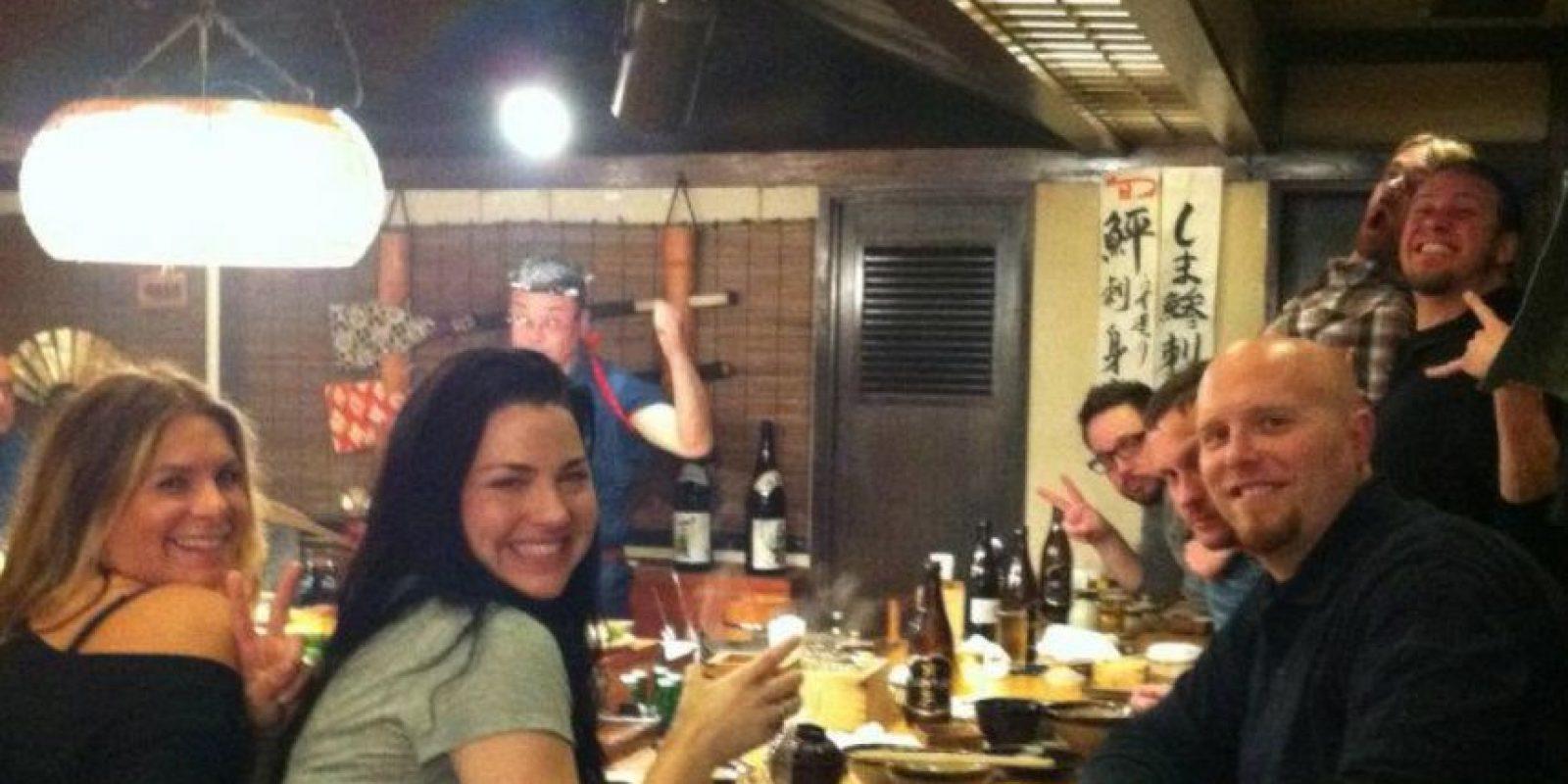 """Cantó una de las canciones más clásicas de """"Nightmare Before Christmas"""", Sally´s Song. Foto:vía Evanescence/Facebook"""