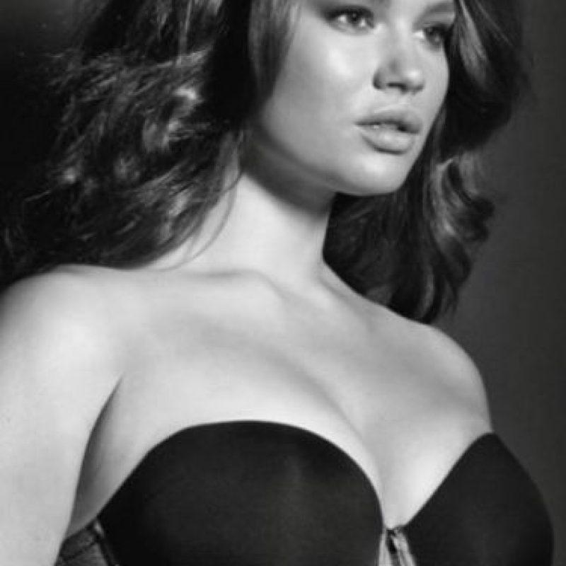 Tara Lynn es otra de las grandes modelos plus size del mundo. Foto:vía Facebook