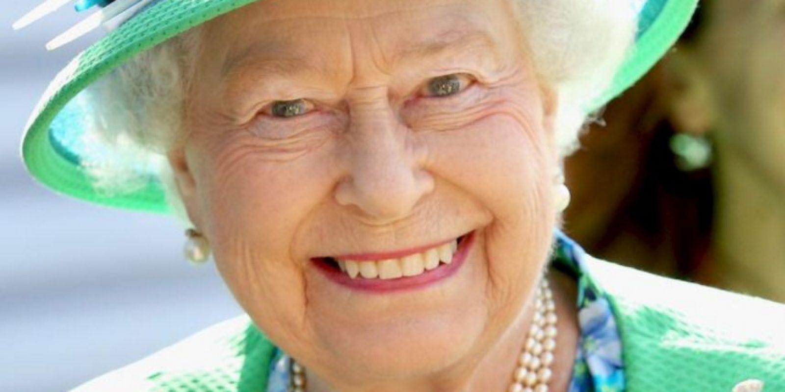 5. Cada año recibe un promedio de 50 mil personas en el palacio de Buckingham para eventos como fiestas, banquetes, entre otros. Foto:vía Getty Images