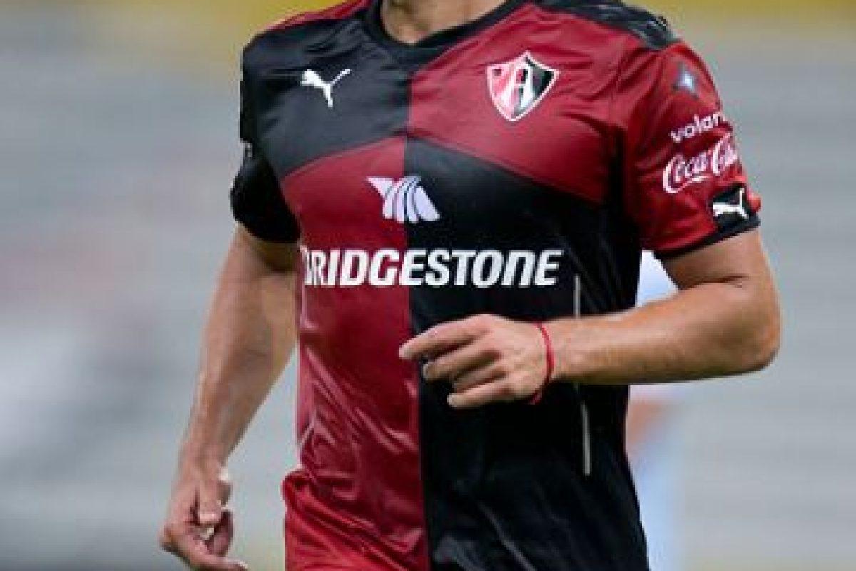 Es un futbolista argentino y juega para el Atlas de México. Las bromas por su apellido no faltan cada semana. Foto:Getty Images